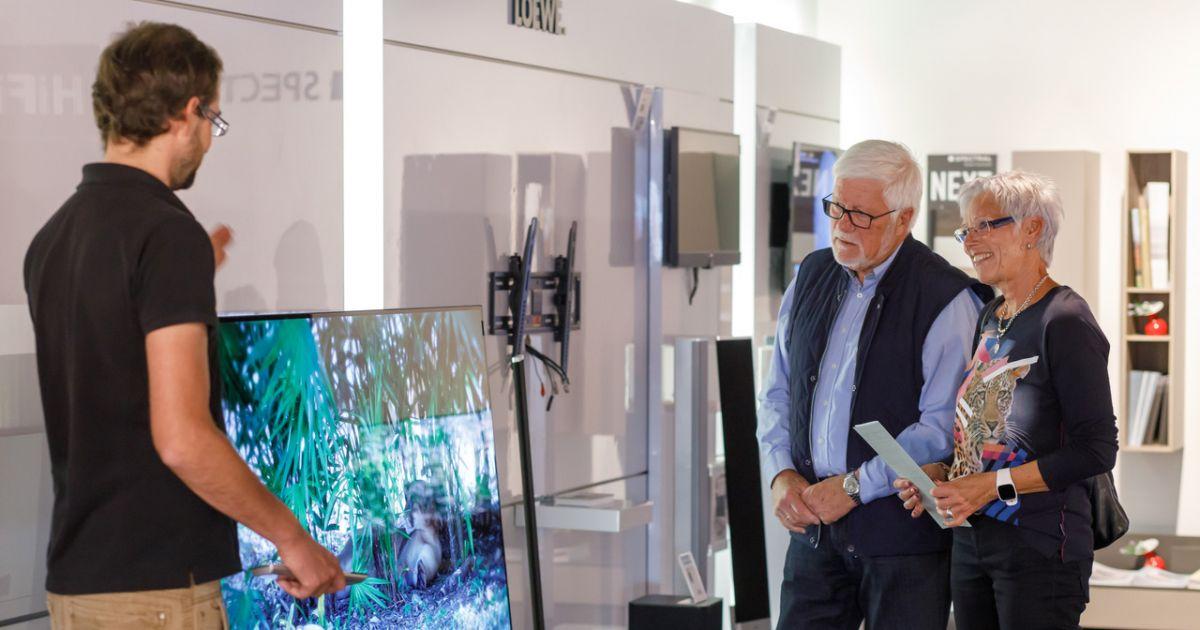 Unterhaltungselektronik  - Lieferung, Aufstellung und Inbetriebnahme im Landkreis Freising  • Technikwerker